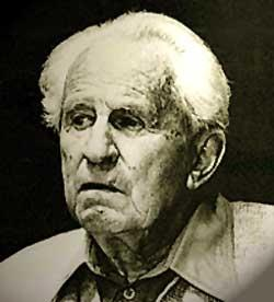 h marcuse Herbert marcuse by douglas kellner herbert marcuse gained world renown during the 1960s as a philosopher, social theorist, and political activist.