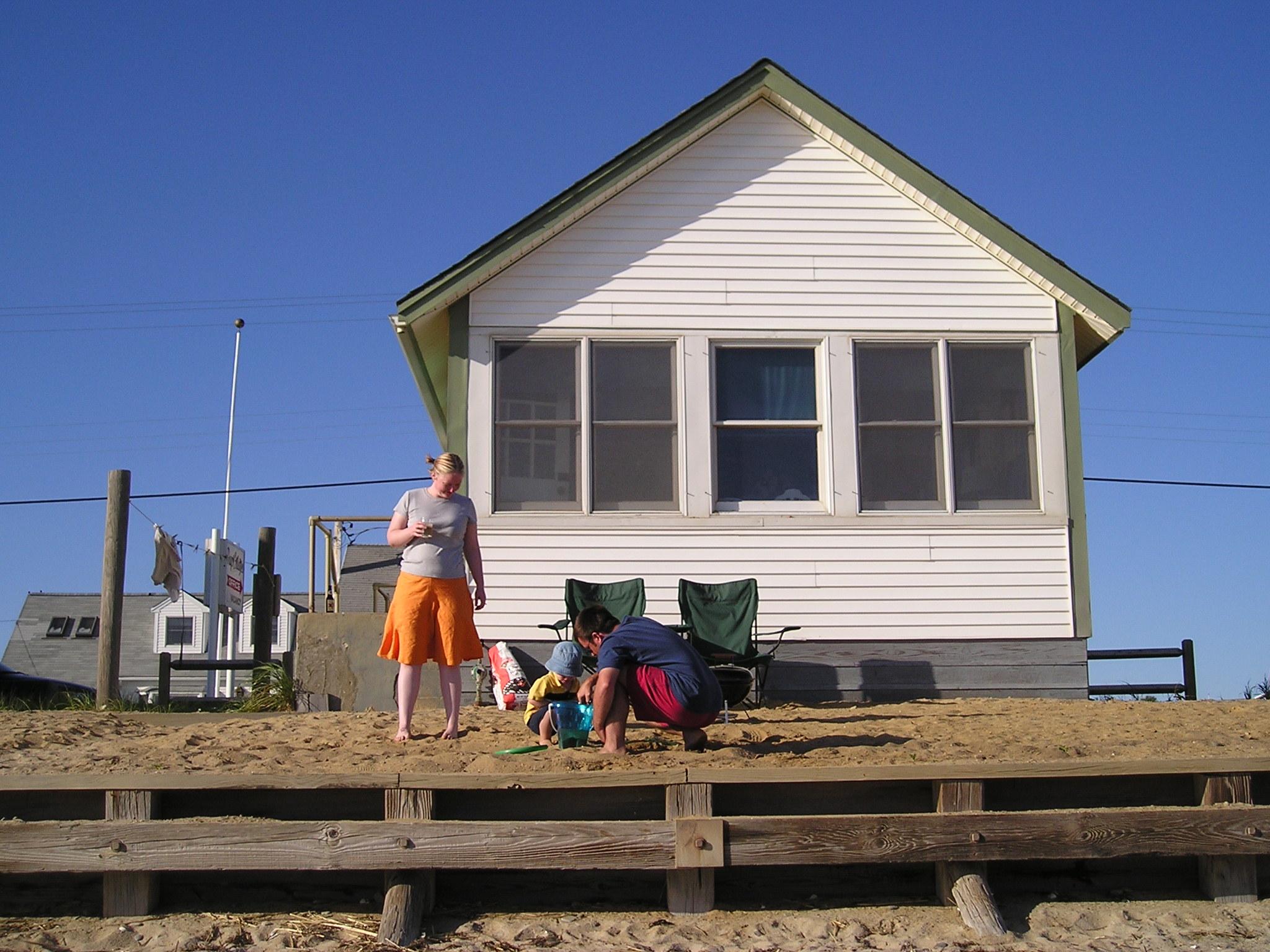Sunbbeach house for The sunhouse