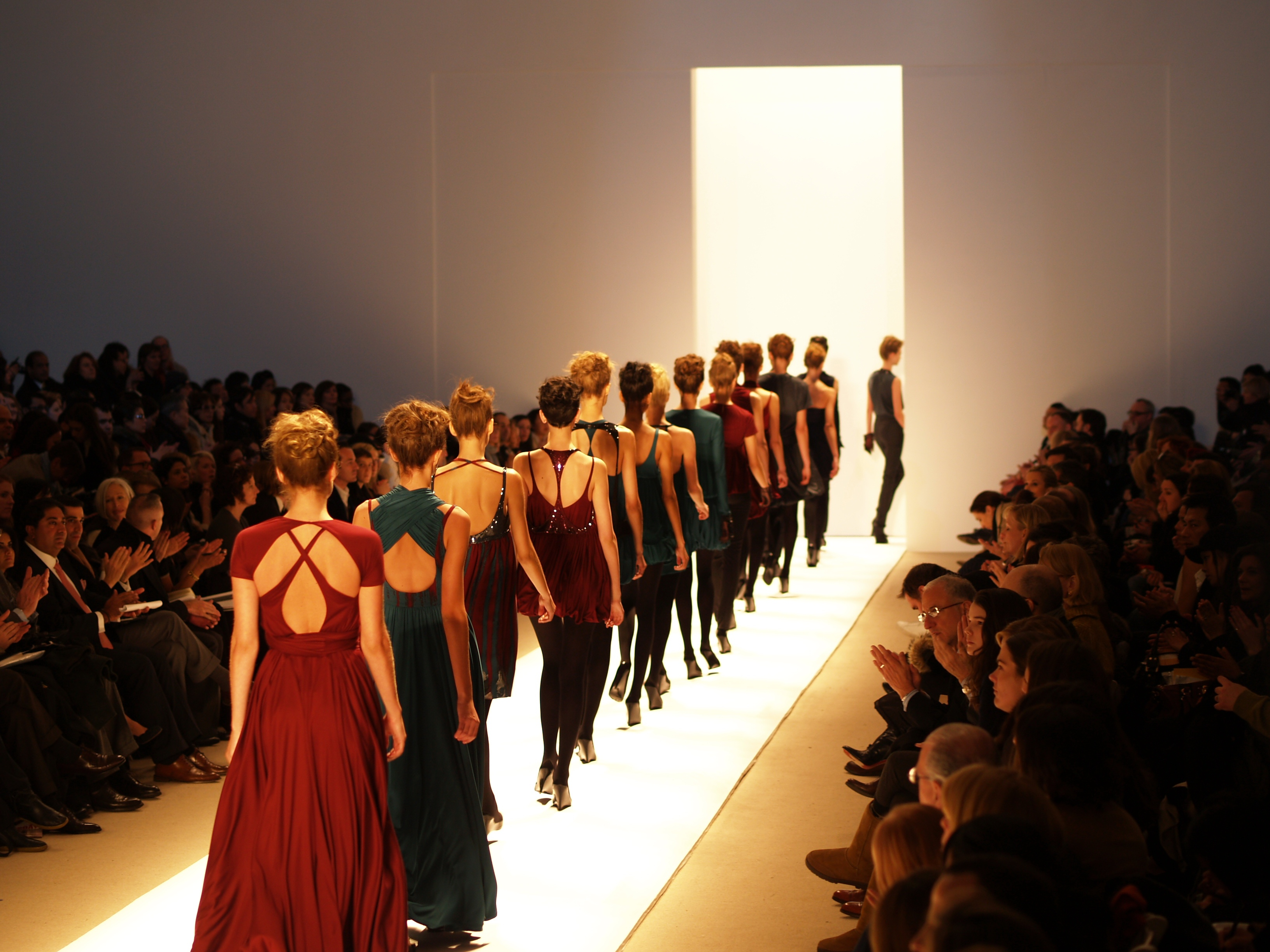 Fashion show model contract 15