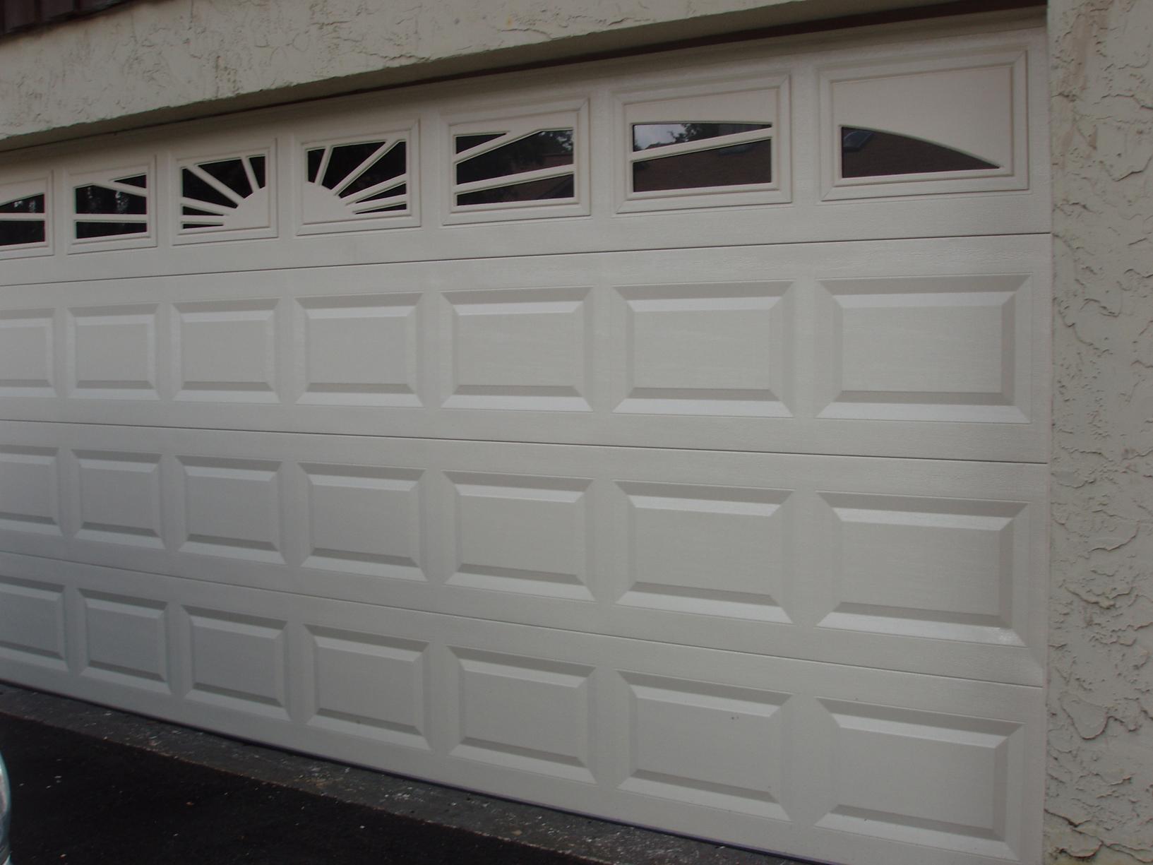 SUN\\g\\garage\\outdoor