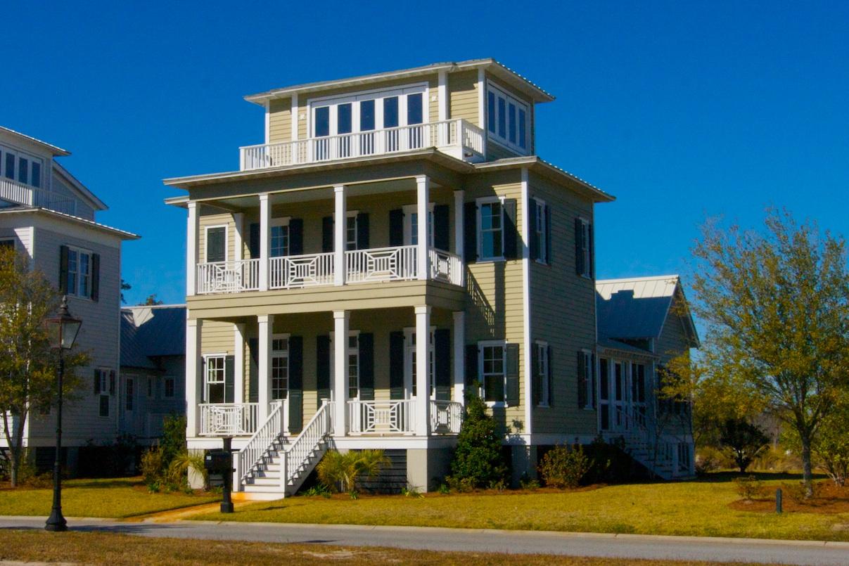 Sunpplantation house for The sunhouse