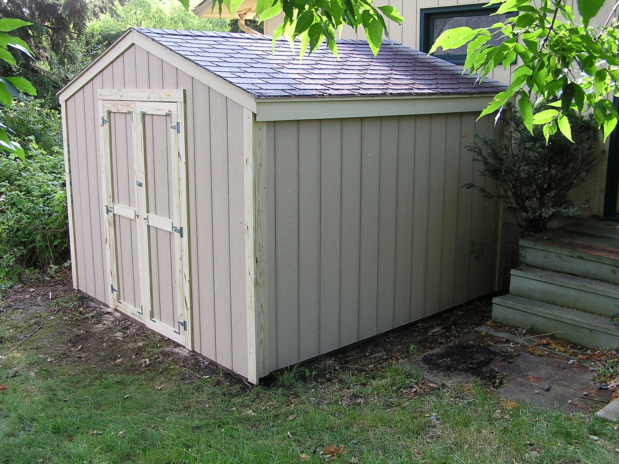 SUN\s\shed