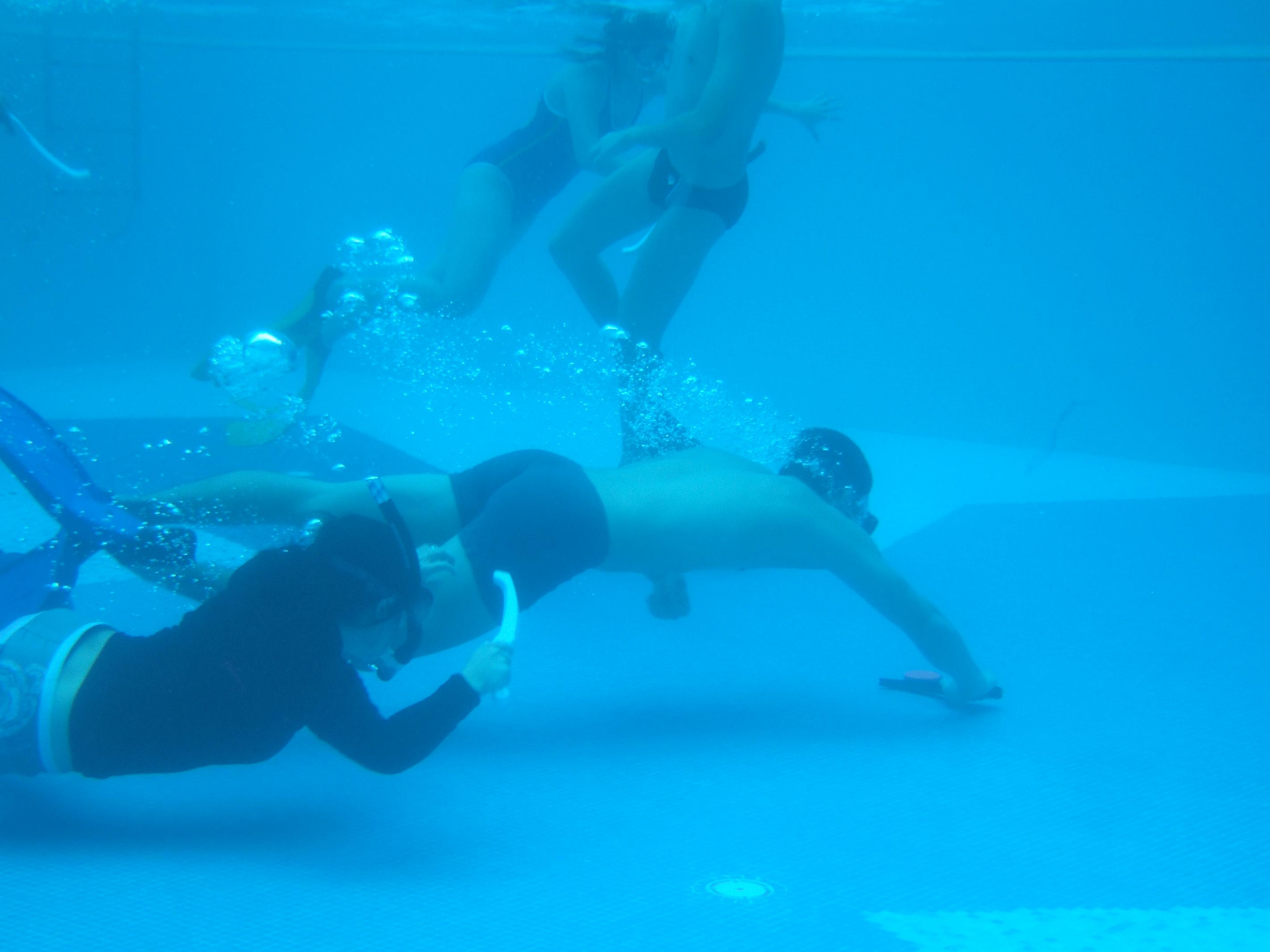 Sun u underwater pool 37 images
